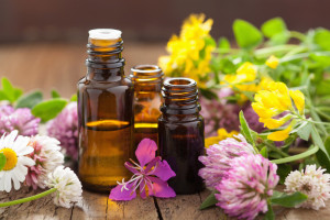 essential_oils_canstockphoto20999238